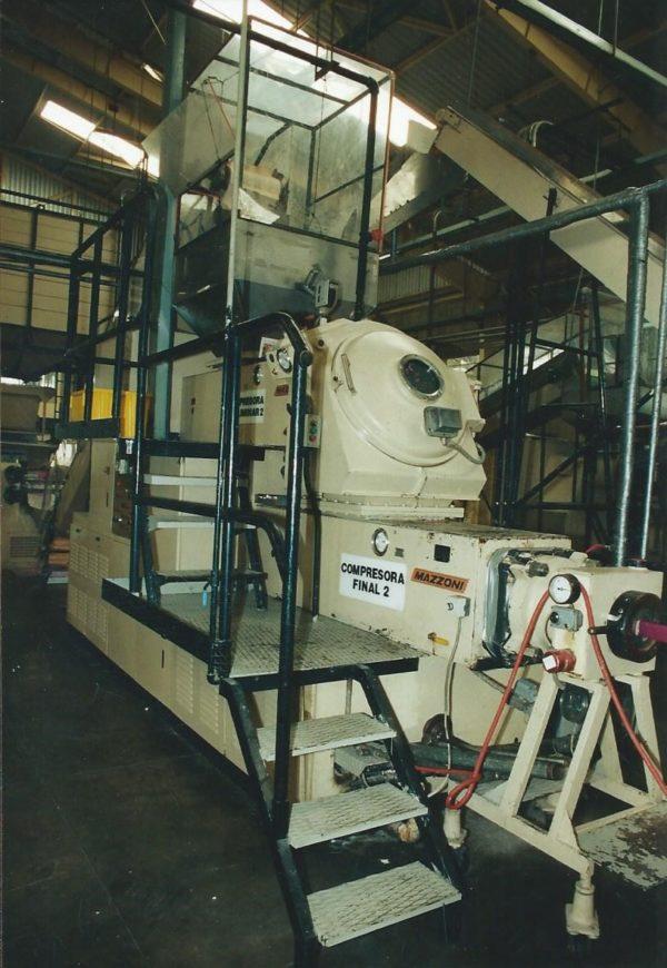 Used MAZZONI Model M300D Vacuum Duplex Plodder